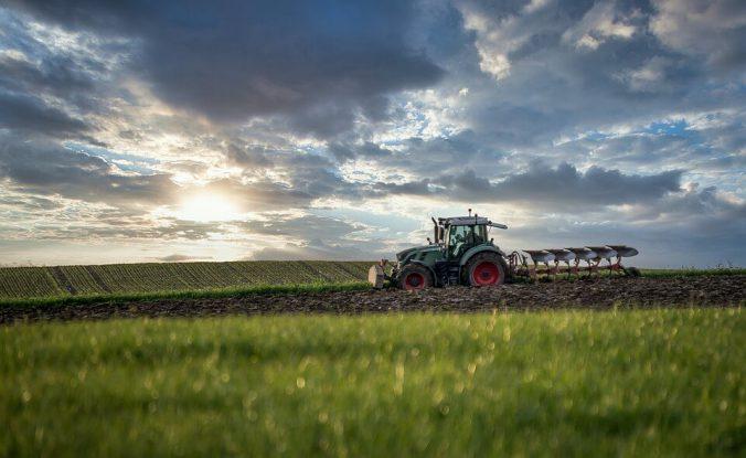 rodzaje filtrów w maszynach rolniczych